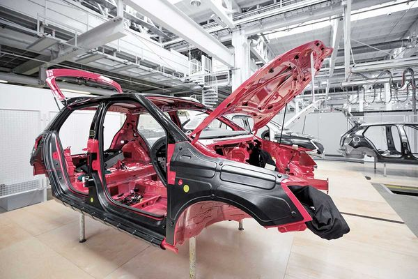 automobile industry, final assembly